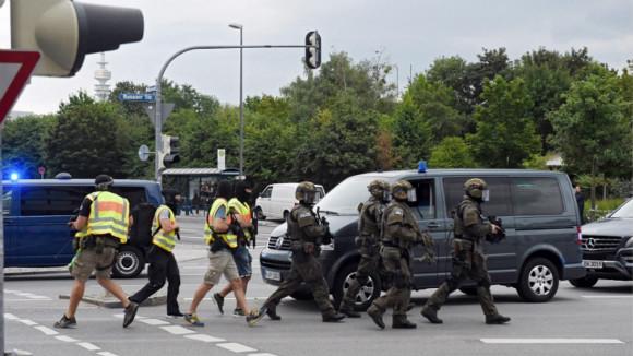 """德国警方:慕尼黑购物中心枪击事件为""""严重的恐怖主义""""事件"""