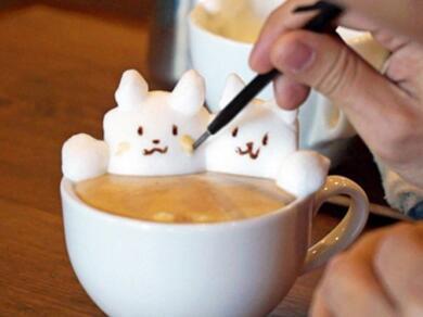 日本咖啡师利用咖啡奶泡创作动物获称赞
