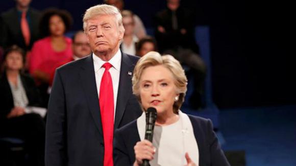 """特朗普翻旧账嘲讽米歇尔 称其对希拉里""""变脸快"""""""