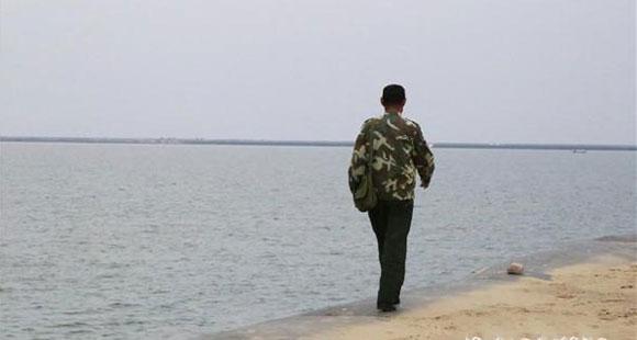 山东59岁护边员坚守海岸线34年:每天巡逻三四次