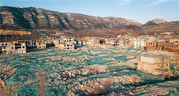 这个存在了700年的超级大村正在消失