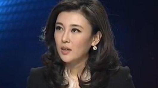 """比董卿颜值高 是央视第一美女39岁嫁百亿""""电视大王"""""""