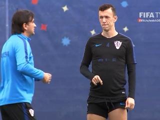 2日比赛克罗地亚队赛前采访训练视频