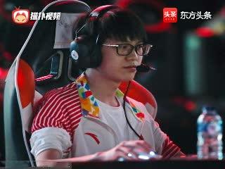 让一追二!电竞表演赛英雄联盟中国队挺进决赛 迎战韩国队