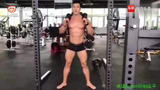 猛男必练!健硕肌肉男健身房锻炼腿部肌肉最有效的动作