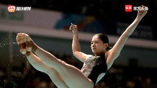 中国跳水女王何姿, , 入水水花小到看不到,宛若出水芙蓉,美