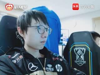RNG被淘汰后香锅独自一人吃烧烤网友锅老师想加入SKT