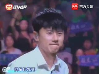 张杰和三位选手合唱《逆战》嗨动全场!