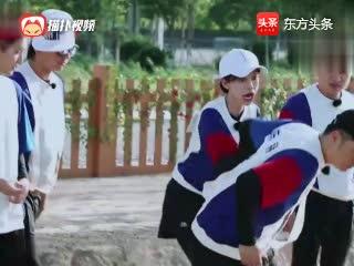 王祖蓝Baby跳马引全场大笑,邓超背后偷袭陈赫