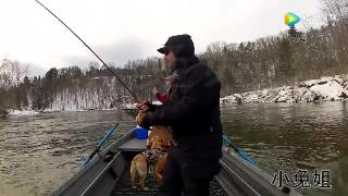 视频:大叔发明的钓鱼神钓凉念视频图片
