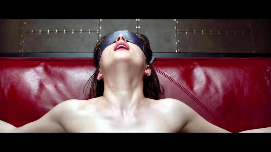 女女做爱游戏_老板强迫她玩性游戏 美国女管家录15次性交场面