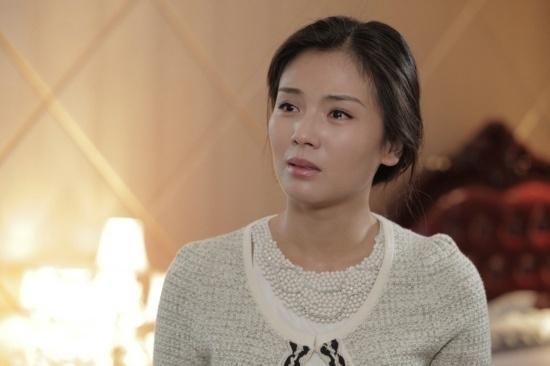 刘涛婚姻遭遇十年之痒 称决不放弃抚养权