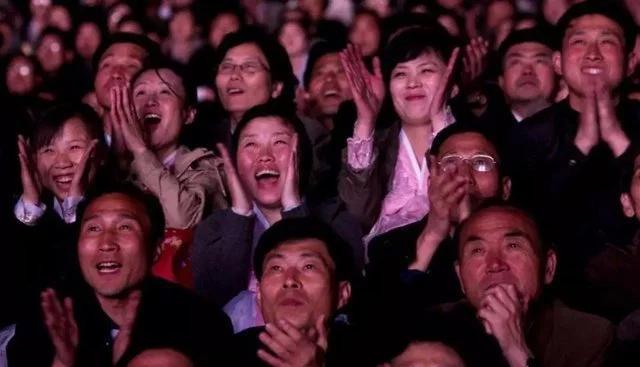 刚刚,央行突然宣布一个铁命令!13亿人沸腾了!
