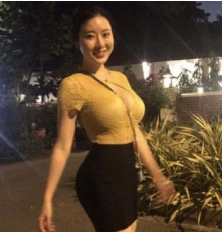 因刘强东案爆红的她如此健身 难怪身材好