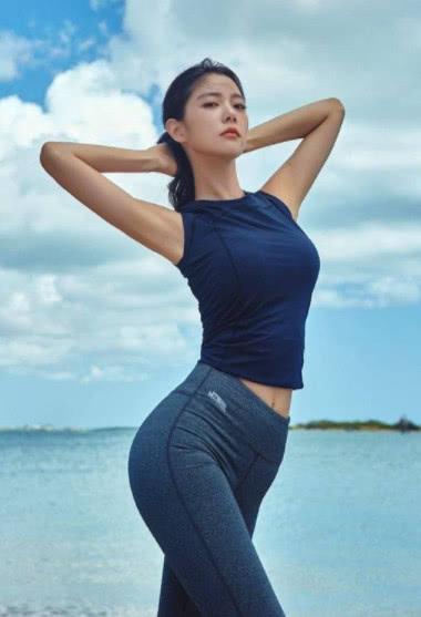 """她被评""""亚洲第一美女"""",拥有天使般的面容,如今32岁美成这样"""