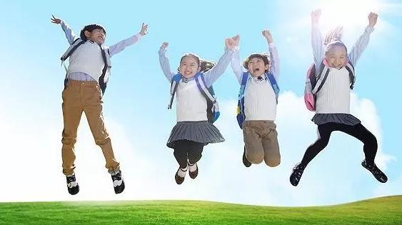 老师处罚被撤销!央视、人民日报发声:跪着的老师,教不出来站着的学生